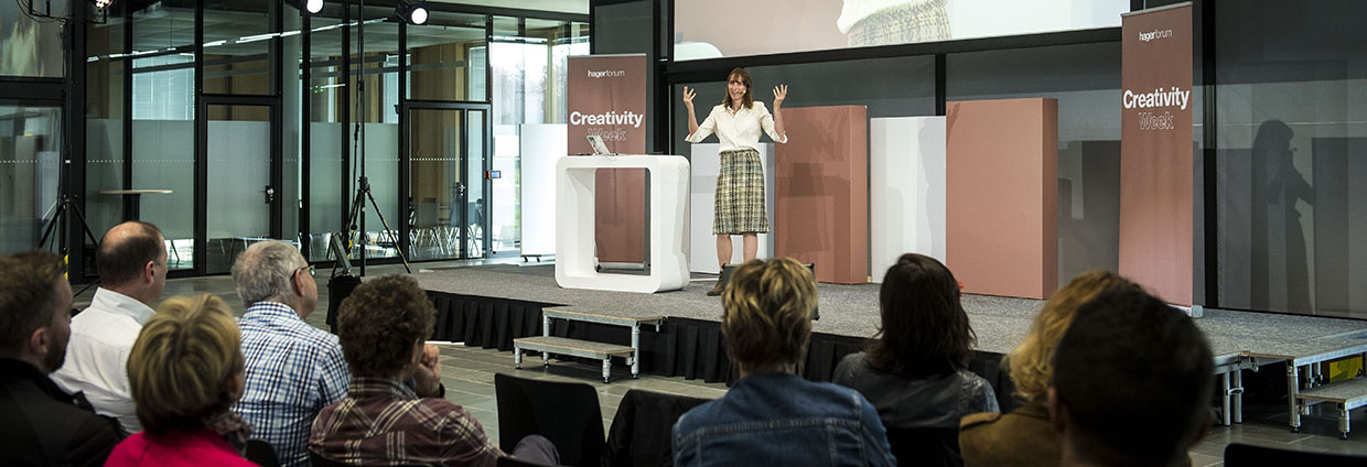 Event and conference Creativity Week #3 at Hager Forum on 16.04.2018: expert and adventurer Cathy O'Dowd talks about the impossible, failure as an option and achieving the goals - and about her personal experiences.